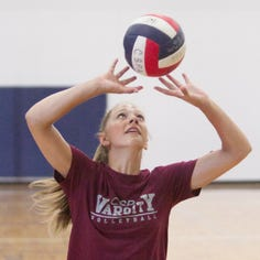 Roundup: Charyl Stockwell reaches volleyball milestones