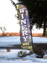 A banner outside Royal Oaks Vineyard & Winery in Lebanon, a convenient place to spend Mother's Day with Mom.