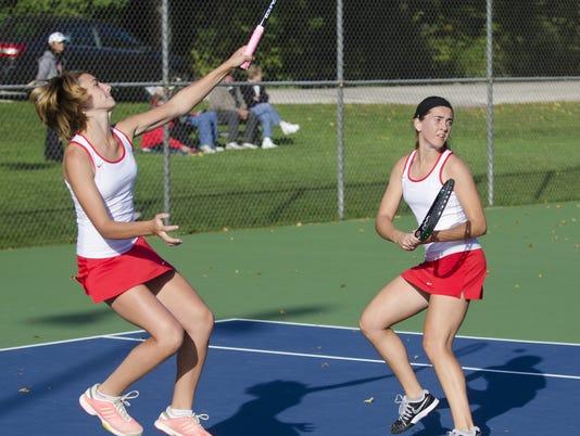 636066385628167828-9-29-15-MAN-S-Lincoln-Tennis-0002.jpg