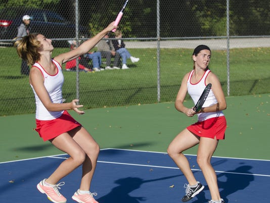 636066385628167828-9-29-15-MAN-S-Lincoln-Tennis-0002.jpg