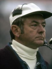 Head Coach Bill Arnsparger, then with the New York Giants from 1974-76.