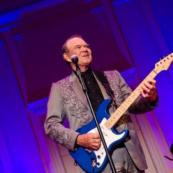 Glen Campbell performs during the Alzheimer's Association Evening with Glen Campbell at The Library of Congress on May 16, 2012 in Washington, DC. (Photo by Kris Connor/Getty Images)