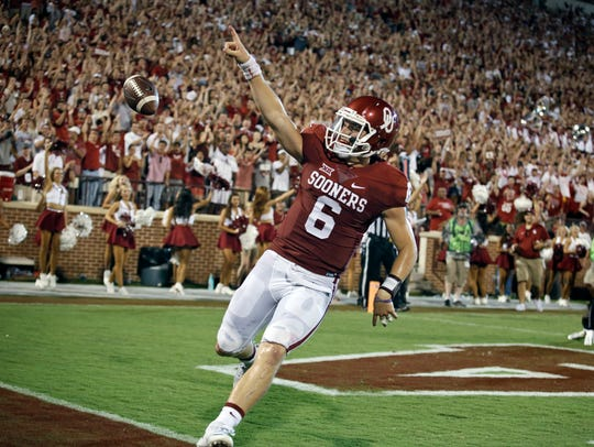 Oklahoma quarterback Baker Mayfield celebrates a touchdown