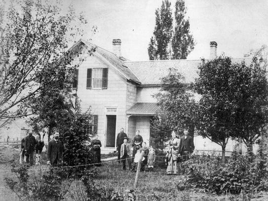 This 1884 photo of the Tempero family, pictures, from