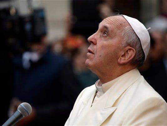 Italy Pope_Byrn.jpg