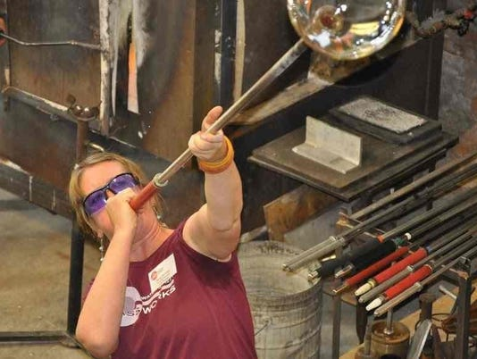 636634772265064805-Glassblowing-demonstrations.jpg