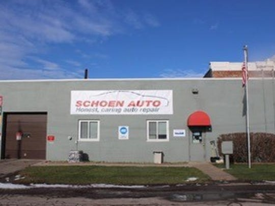 Schoen Auto in East Rochester