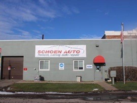 Schoen Auto in East Rochester