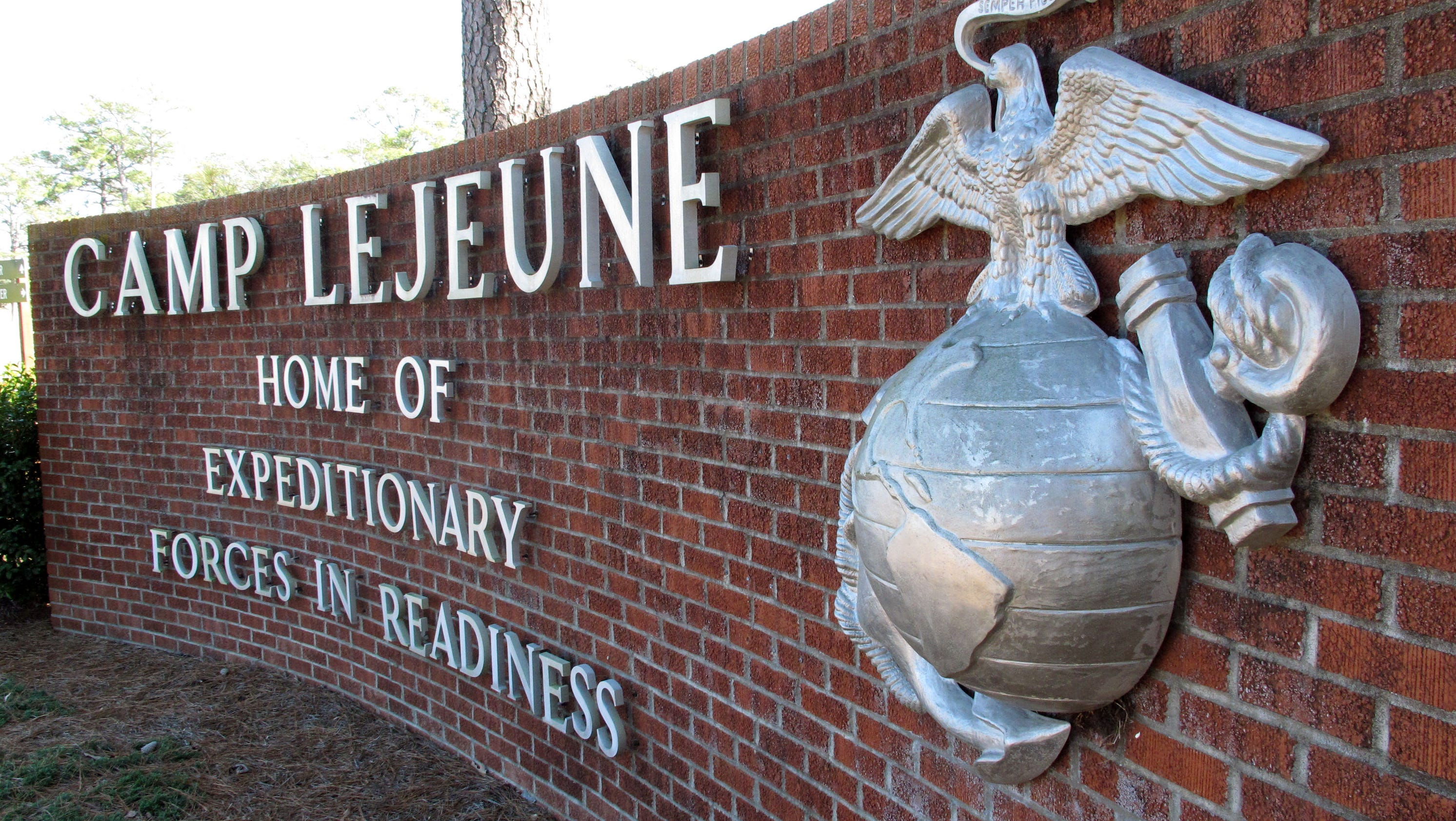Marine guard shot to death by colleague at n c base