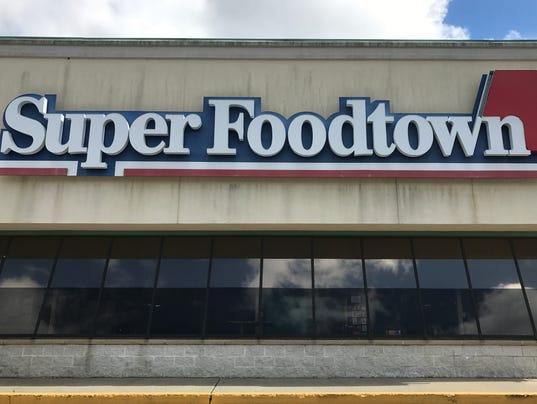 SuperFoodtown5.JPG