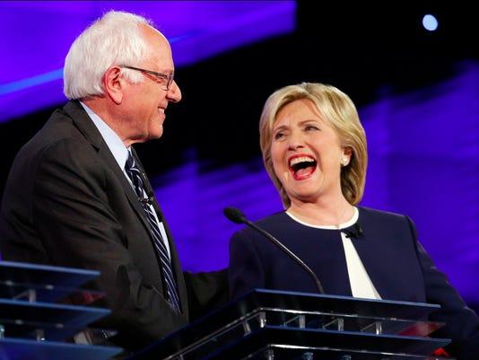 635804181031859424-Clinton-Sanders