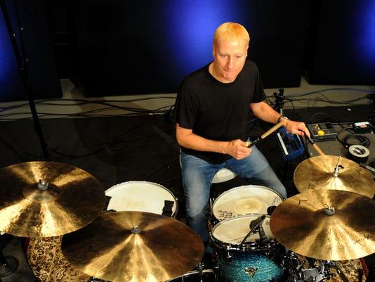 Ringo-s-drummer-4.jpg