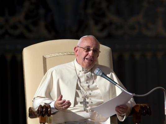 Vatican Pope_Houf.jpg