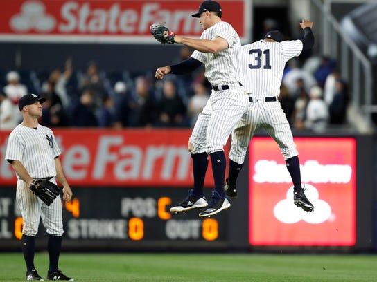 Red_Sox_Yankees_Baseball_96050.jpg