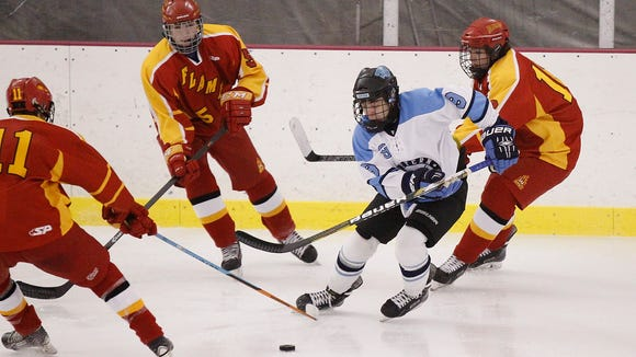Suffern defeated Williamsville East 3-0 in the New York State Great 8 hockey tournament at the Ice Hutch in Mount Vernon on Saturday.