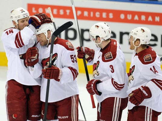 2014-01-26-coyotes-oilers