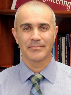 Phillip De Leon has been named associate dean of research and doctoral studies for the New Mexico State University College of Engineering.