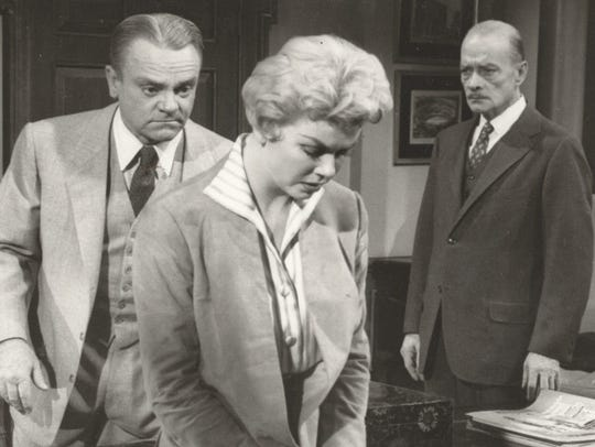 Marty (James Cagney, left), Ruth (Doris Day) and Loomis