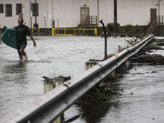 Big Island Of Hawaii Besieged By Record Rain And Flooding After Hurricane Lane