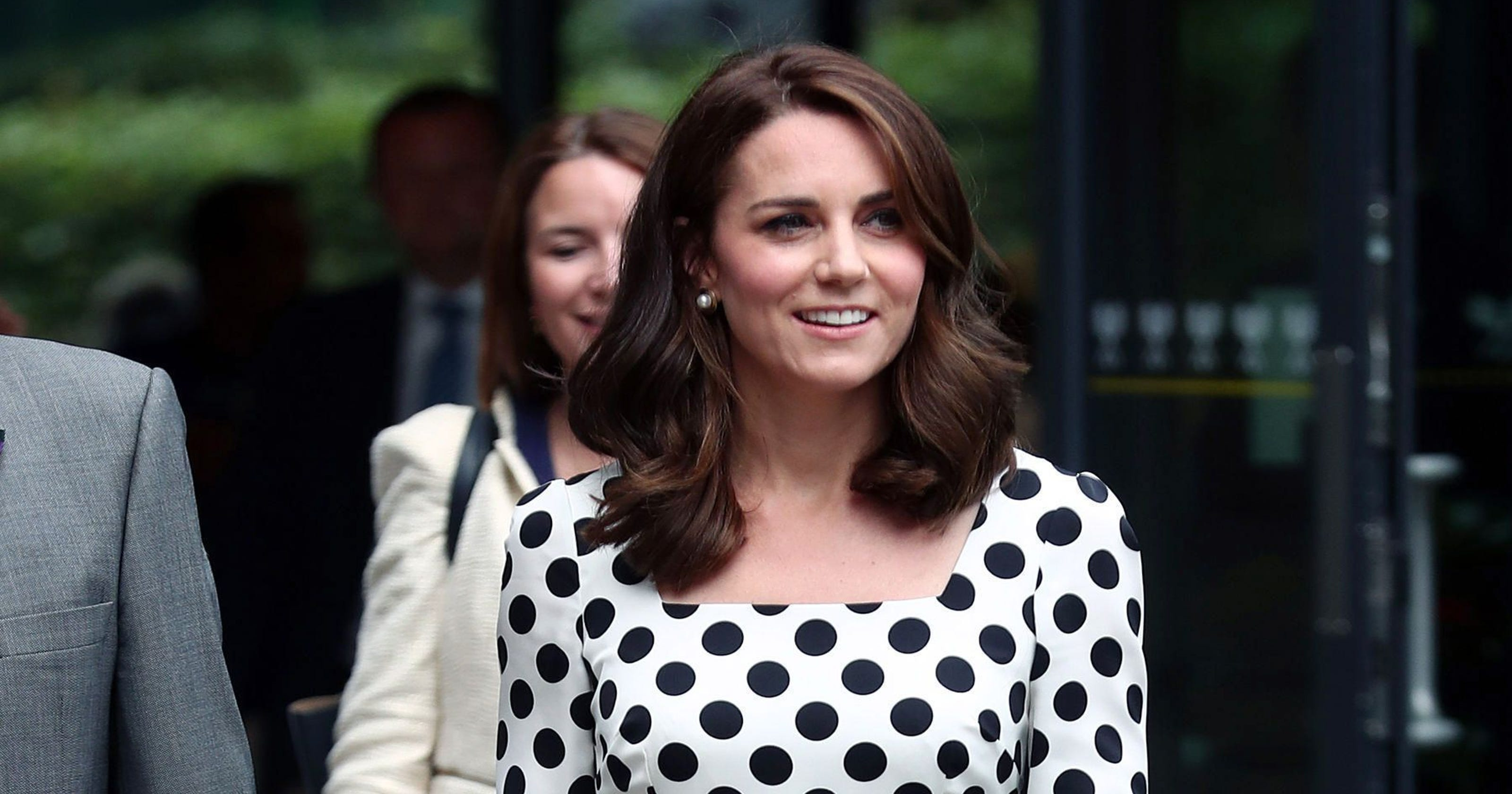 3f6076b8ea347 Duchess Kate looks youthful in polka dot dress