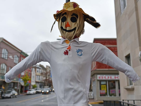 Bacon Elementary School submitted this scarecrow for