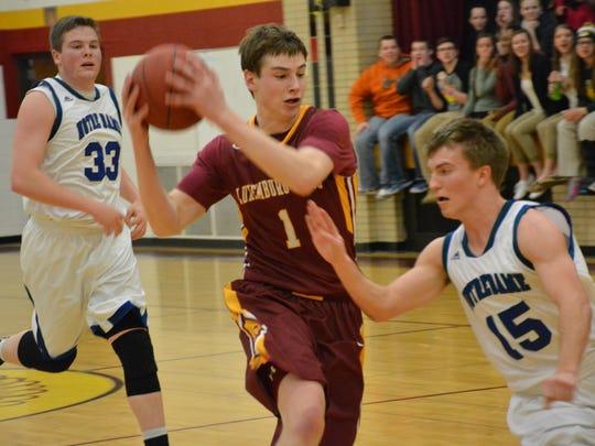 Notre Dame's Nick Martzahl (15) can't stop Luxemburg-Casco's