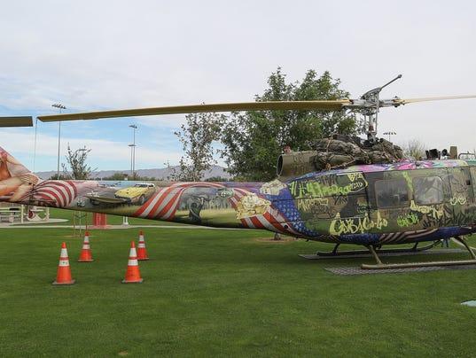 636476483334618282-vietnam-war-helicopter-art-1.jpg
