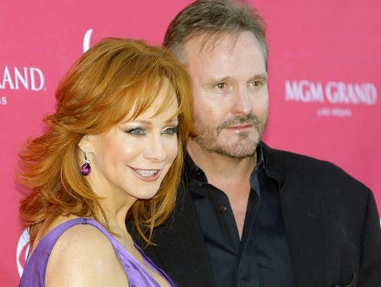 Reba McEntire and Narvel Blackstock in April 2009.