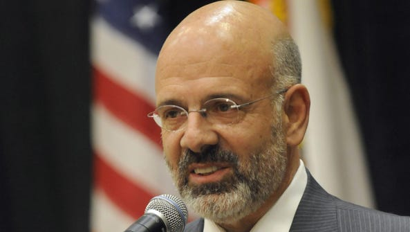 UT system President Joe DiPietro
