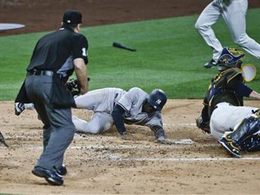 Yankees_Padres.jpg