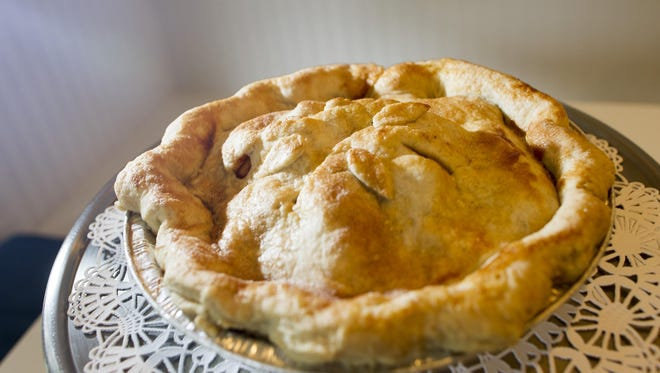 Apple pie from Deluxe Cakes and Pastries is seen on Friday, June 26, 2015. David Scrivner / Iowa City Press-Citizen