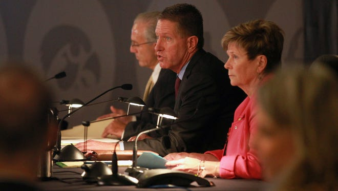 Iowa Board of Regents President Bruce Rastetter calls for a vote to appoint J. Bruce Harreld as the new University of Iowa president at the Iowa Memorial Union on Thursday, Sept. 3, 2015.