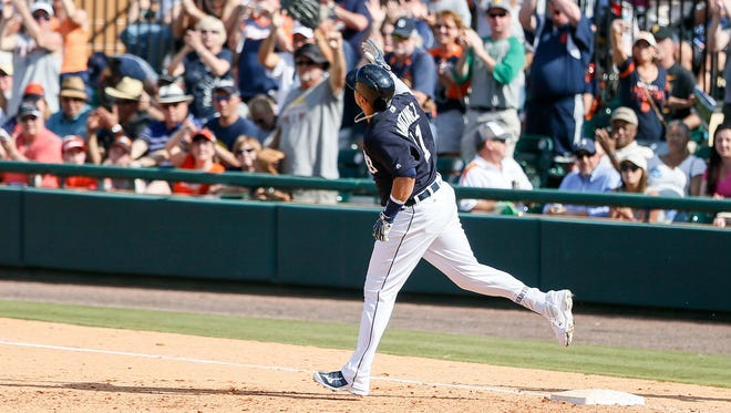 Detroit Tigers batter Victor Martinez rounds the bases after a home run against Pittsburgh Pirates on March 1, 2016.