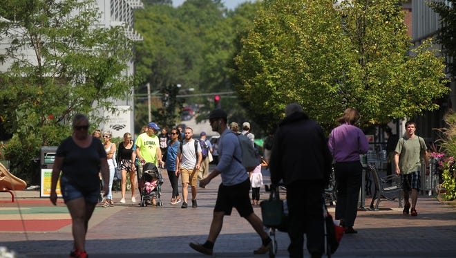 People fill the pedestrian mall on Tuesday, Aug. 29, 2017.