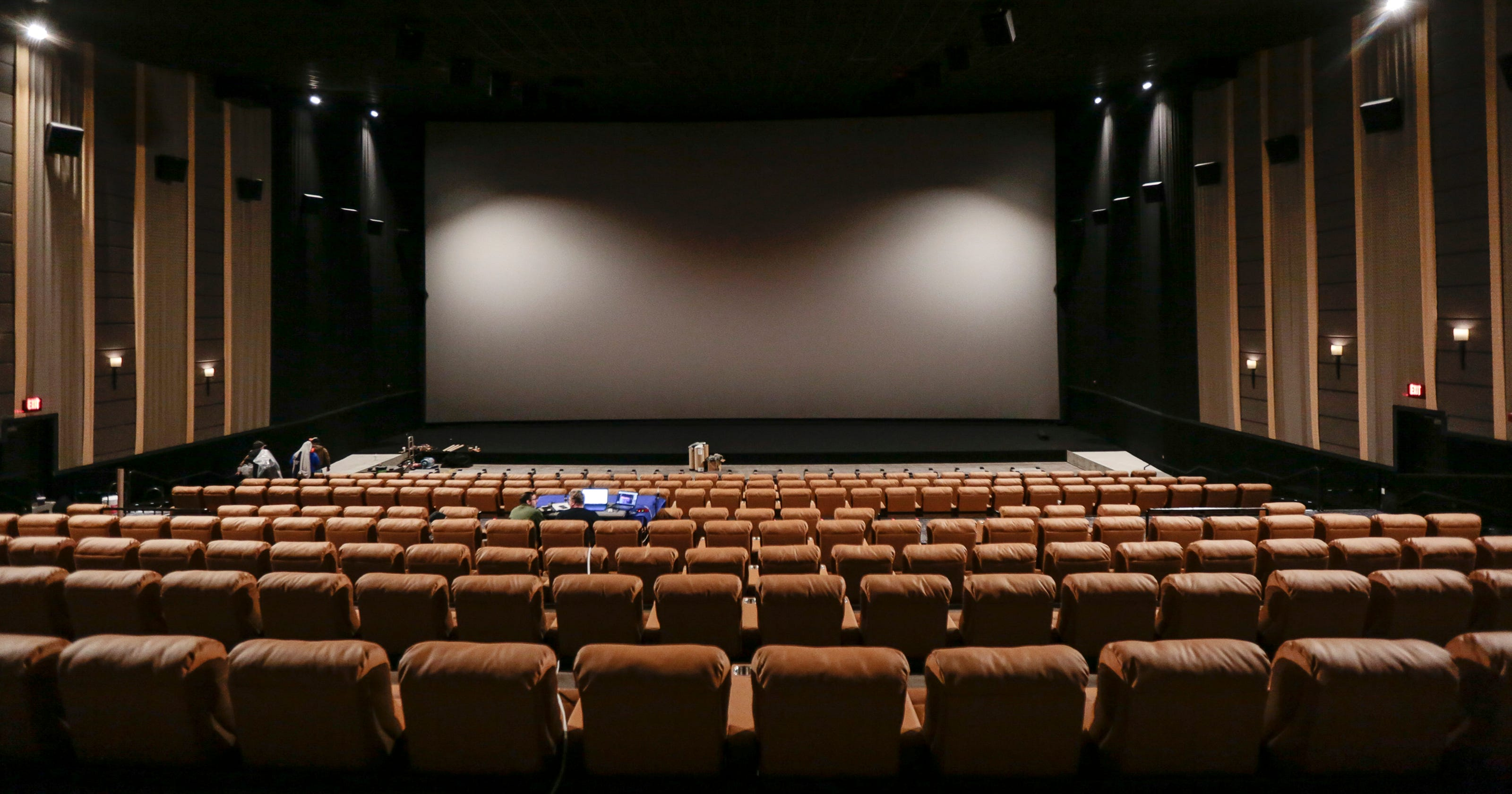 New Movie Screen At Emagine Novi Is Michigan S Largest