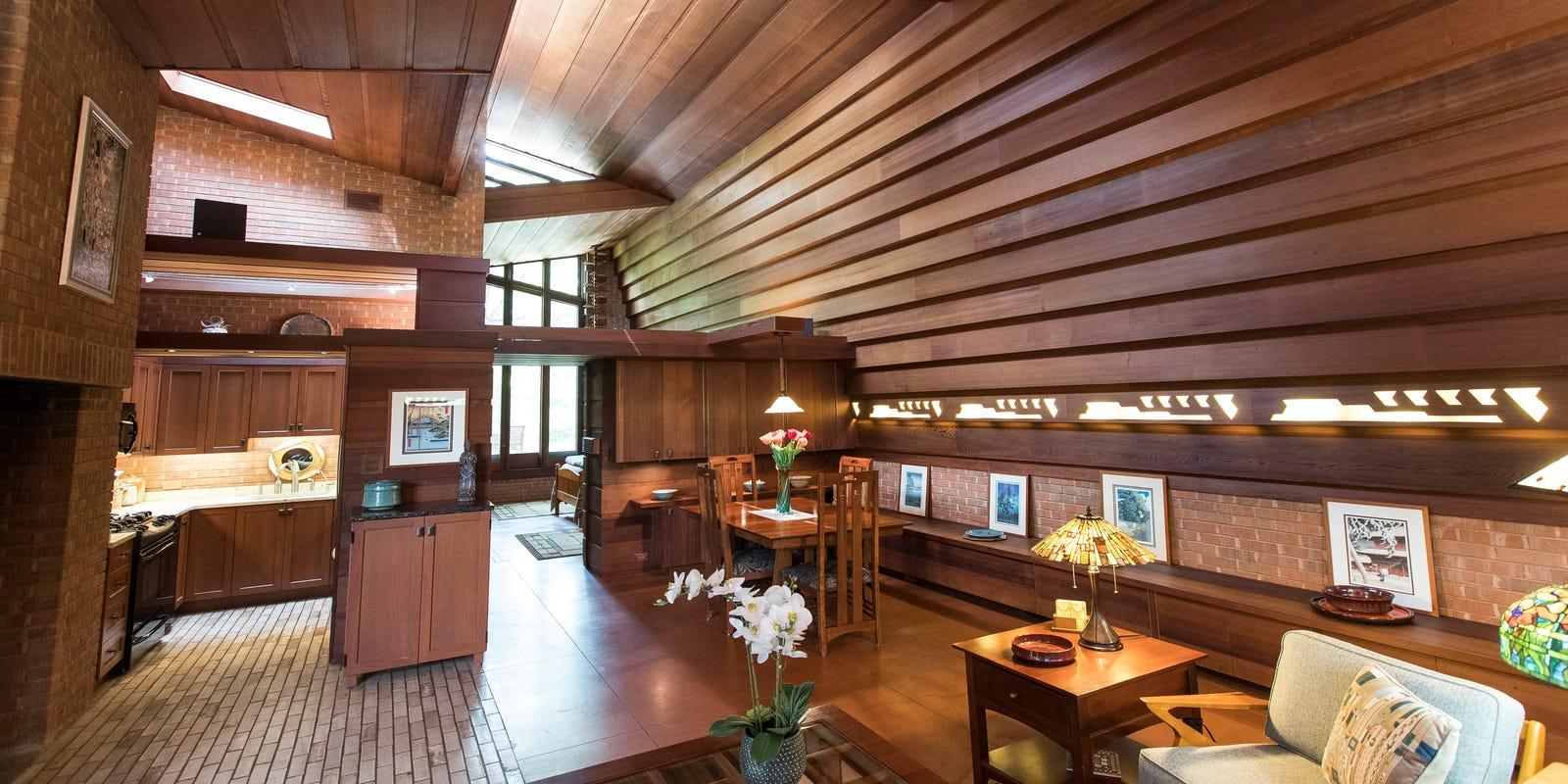 Frank Lloyd Wright House Near Ann Arbor Is A Small Masterpiece