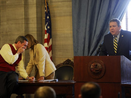 WOMICK CALL FOR HASLAM IMPEACHMENT NOT GETTING TRACTION.