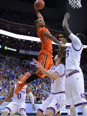 Dec 12, 2015; Kansas City, MO, USA; Oregon State guard Gary Payton II had one of the signature plays in college basketball this season, a monster dunk over two Kansas defenders.