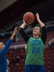The FGCU women's basketball team practices at Maples