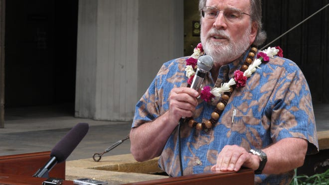 Hawaii Gov. Neil Abercrombie speaks at a rally in favor of gay marriage at the Hawaii Capitol in  Honolulu on Wednesday, Aug. 28, 2013.     Abercrombie on Wednesday presented state lawmakers with a draft of legislation that would legalize gay marriage in Hawaii.   (AP Photo/Oskar Garcia) ORG XMIT: HIOG101