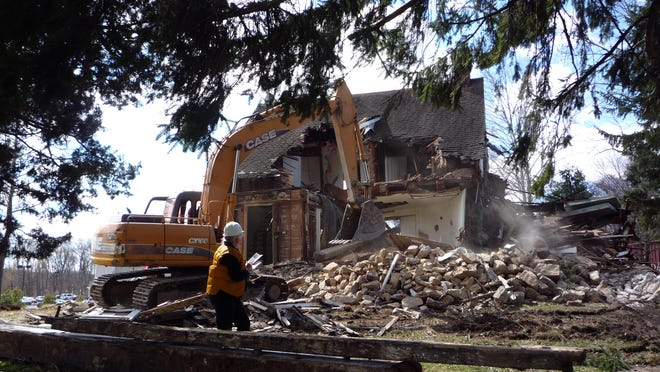 The historic Lent house in Orangeburg was demolished unexpectedly Saturday.