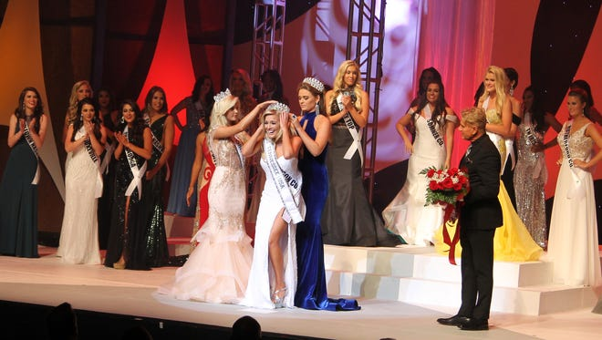 Allee Sutton-Hethcoat is crowned Miss Tennessee USA 2017 at Austin Peay State University in Clarksville, Tenn. in October, 2016.