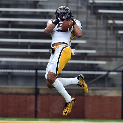 Southern Miss red shirted junior D.J. Thompson catches