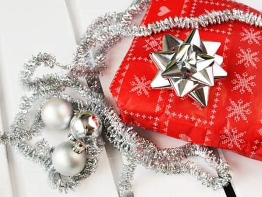 Secret Santas are spreading Christmas cheer for families