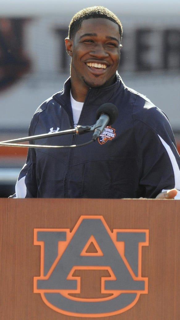 Former Auburn wide receiver Kodi Burns speaks during