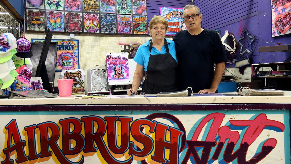 Artist Keeps Airbrush Trend Alive In The Coastal Bend