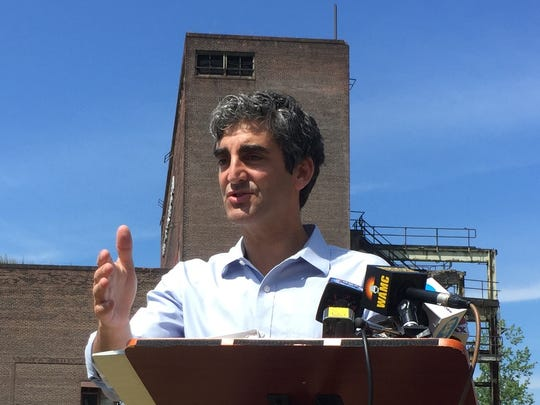 Mayor Miro Weinberger outlines a Nov. 11 deadline for Moran Plant redevelopmen, as well as the dissolution of an agreement with New Moran Inc. Photographed Thursday, July 21, 2016.