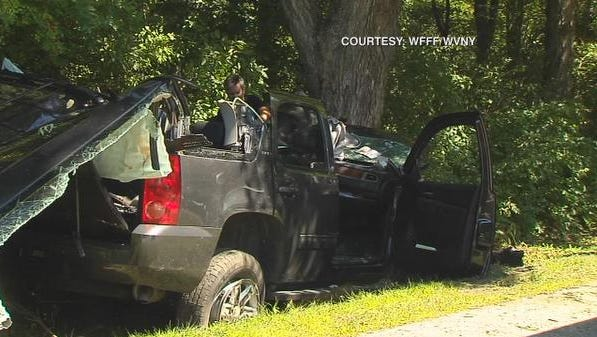 Vermont State Police examine wreckage of Louis Freeh's SUV.