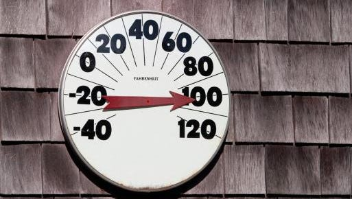 The Farmers' Almanac is calling for a hot summer in 2015.
