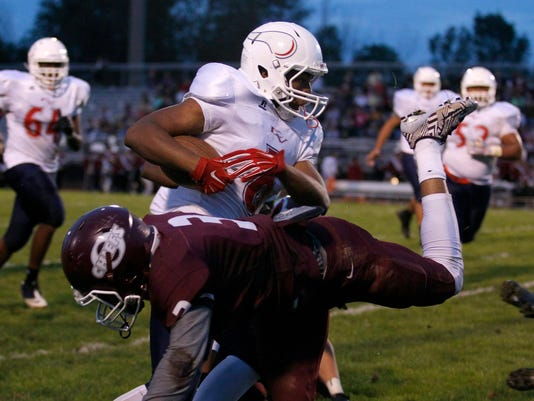 Everett at Okemos Football
